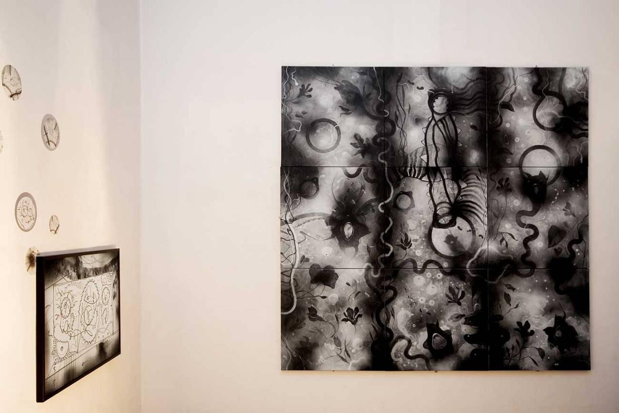 """""""Abissi"""" acrilico su tela cm240 x cm240 Collezione privata Mixura Genova 2008"""
